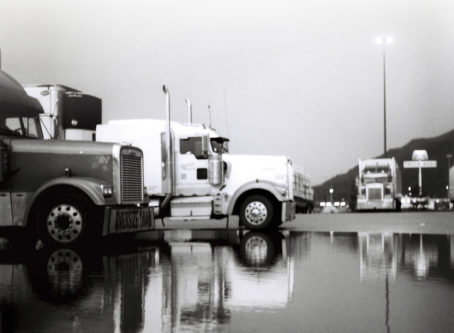 trucks parking