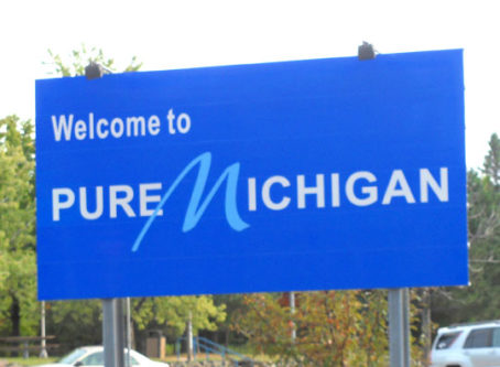 Welcome to Pure Michigan sign