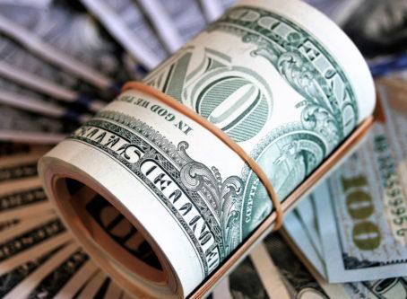 Roll of money image