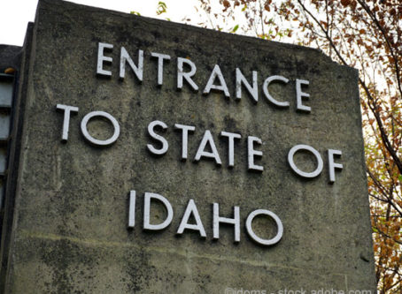 Entrance to the state of Idaho sign