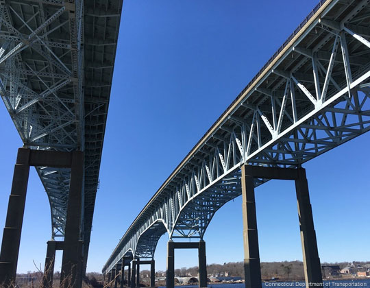 Gold Star Memorial Bridge on Interstate 95