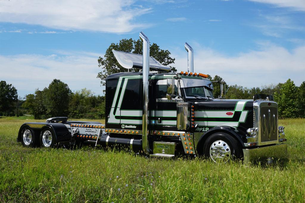 Lucky 13, Peterbilt truck