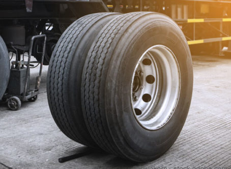 Couple receives prison sentences in Texas truck tire theft ring