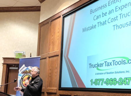 Tax expert Barry Fowler presents information to an earlier Truck to Success class