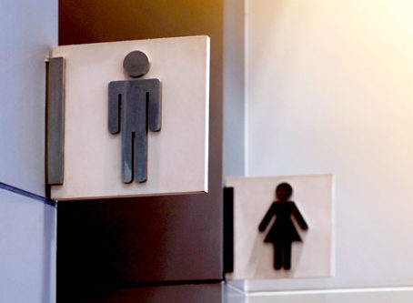Let truckers use the restroom, group tells shippers, receivers