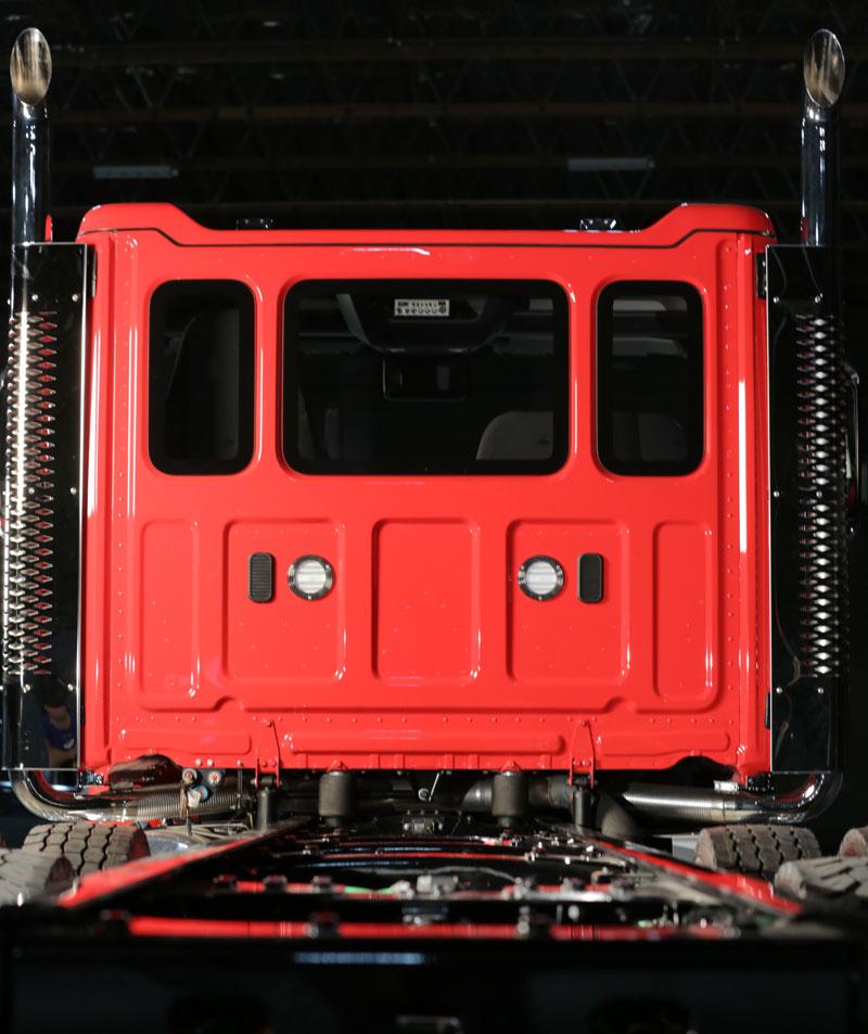 Western Star 49X optional three-piece back window