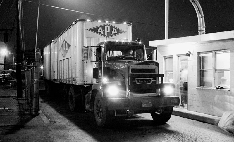 A-P-A Transport Corp. truck in the 1970s (Photo by John Bendel)