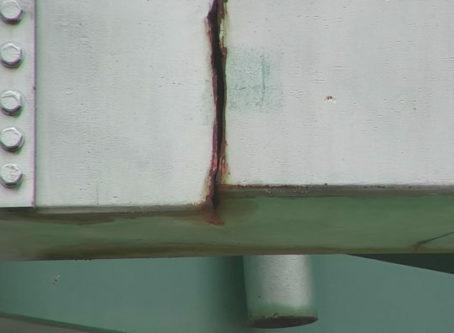 Crack in I-44 bridge, courtesy Arkansas DOT