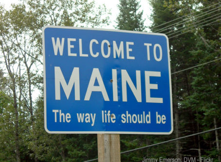 Welcome to Maine sign, photo by Jimmy Emerson