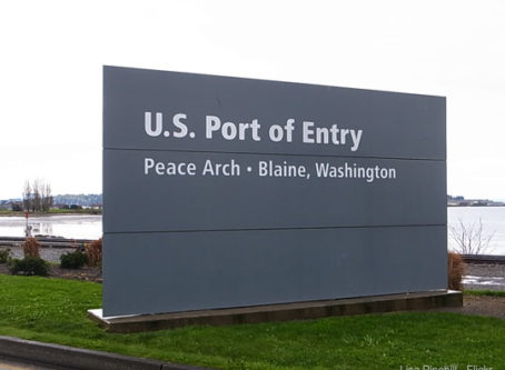 US Port of Entry at Blaine, Wash. Photo by Lisa Pinehill - Flickr