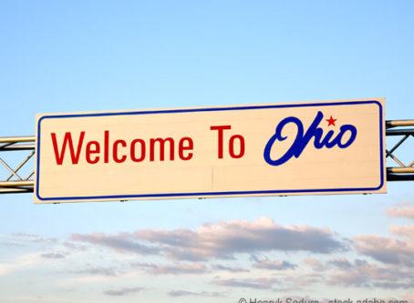 Welcome to Ohio sign Photo by Henryk Sadura