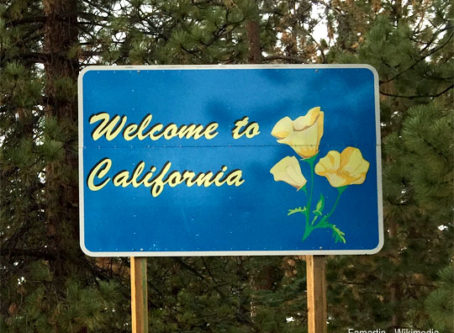 Welcome to California sign by Famartin