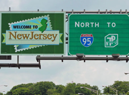 Welcome to new Jersey sign on I-95 north, by Formulaone-Flickr